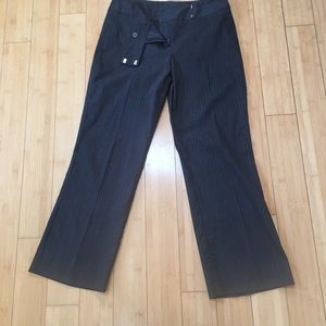 Pants - EUC navy pinstripe dress career pants trousers
